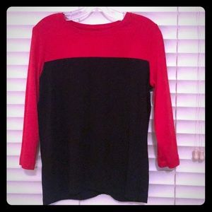 3/4 sleeve red and black shirt